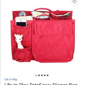 Red tote savvy